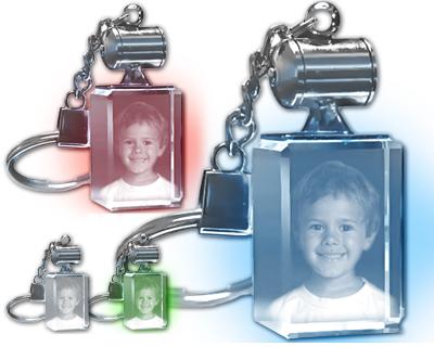 Porte cl s lumineux bloc de verre rectangulaire grav au - Porte cle personnalise avec photo gravure ...